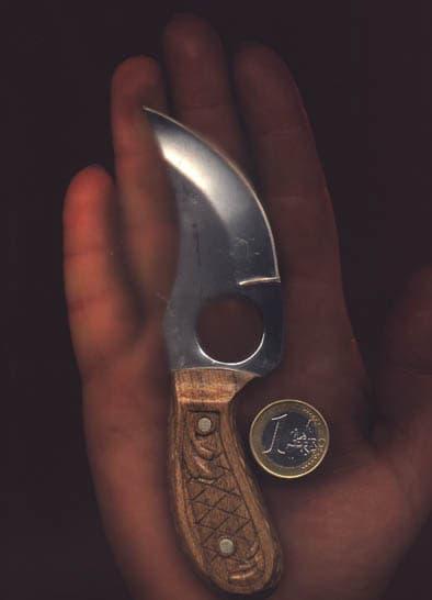 knife_hend_296.jpg